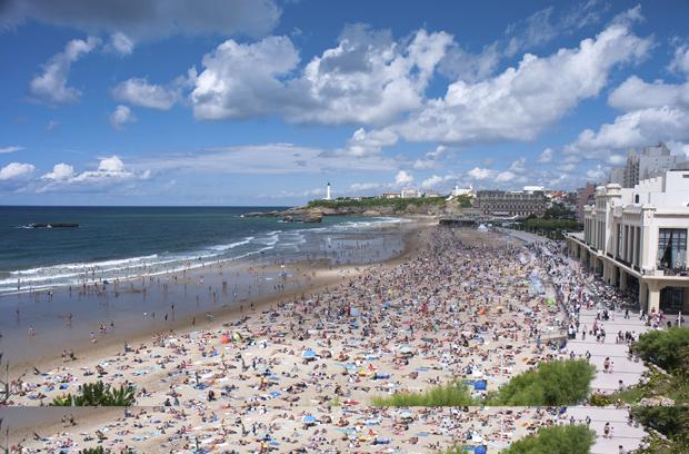 Office du tourisme de biarritz l 39 imprim publicitaire en bo te aux lettres un choix - Office du tourisme biarritz horaires ...
