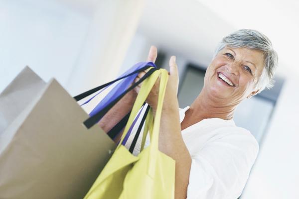 Ballovers_femme_retraitee_shopping