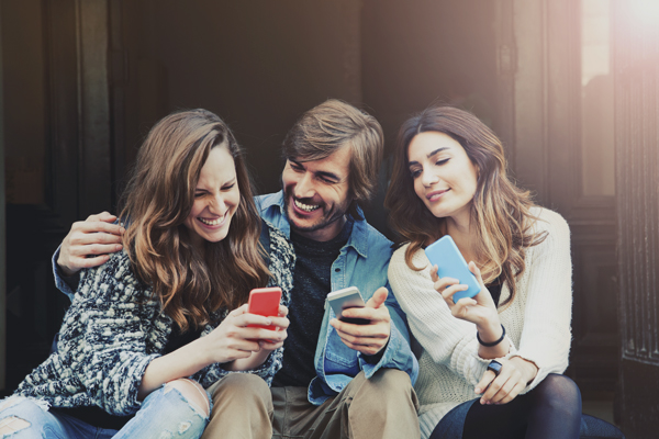 communiquer-aupres-jeunes-mobile