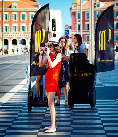 Street-Marketing-Chars-Oriflammes