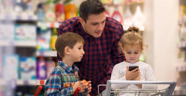 Les courses alimentaires du père de famille