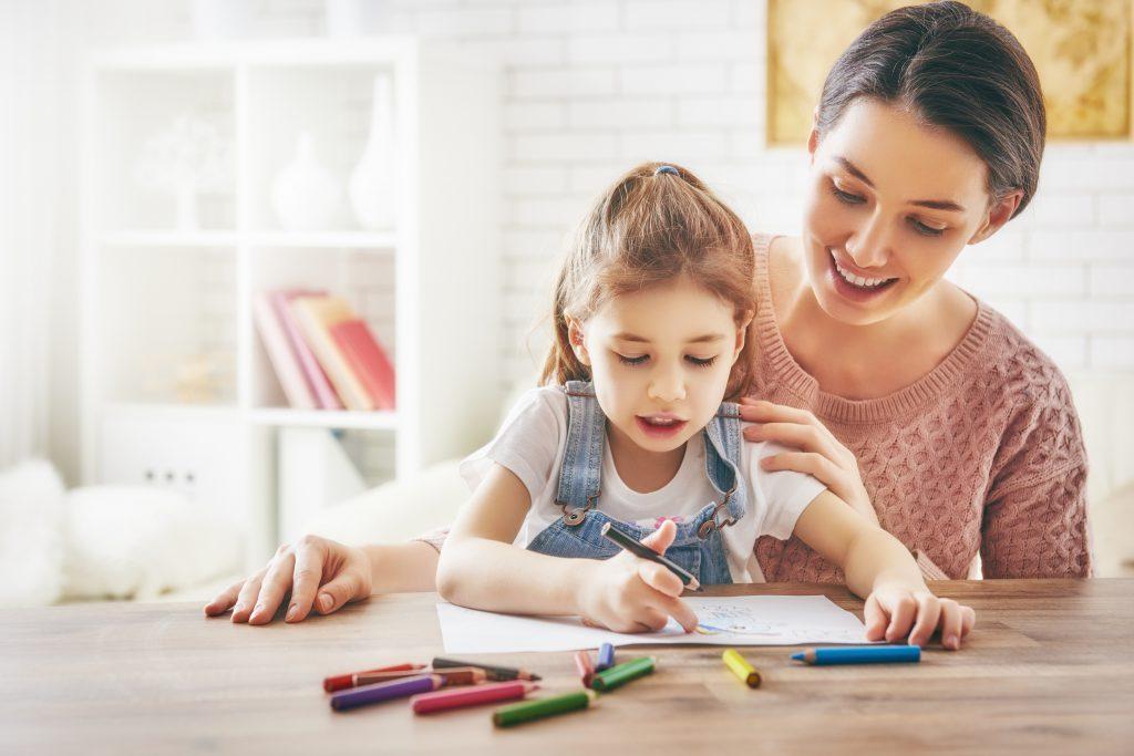 famille-enfant-coloriage